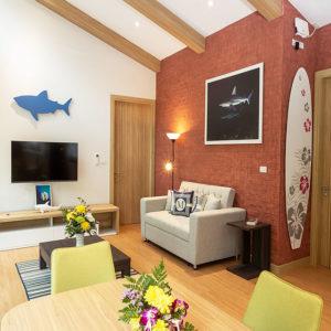 shark-room